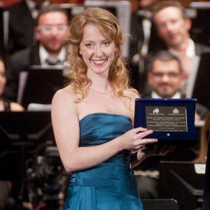 Premio Miglior Giovane Promessa - Teresa Sedlmair Soprano (Canada)